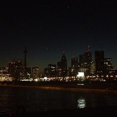 Beautiful Toronto during Earth Hour via @pmc85