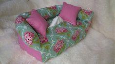 Wesega / Orgován a ružová-dekoračný obal na papierové vreckovky Lounge, Couch, Box, Handmade, Furniture, Home Decor, Chair, Airport Lounge, Drawing Rooms