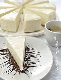 New York Cheesecake - Tribeca Color Trend inspiration The Cheesecake Factory, New York Style Cheesecake, Torte Au Chocolat, American Cheesecake, Snacks Sains, Savoury Cake, Original Recipe, Clean Eating Snacks, Feta