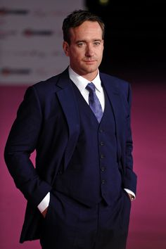 Lord what is it with these fine men in formal wear?  matthew macfadyen