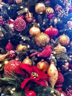 Lisa Robertson's gold and burgundy Christmas tree