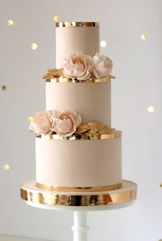 Looking for your perfect wedding cake? Check out our Top 50 Wedding Cake Designe… Looking for your perfect wedding cake? Check out our Top 50 Wedding Cake Designers 2019 Wedding Cake Roses, Black Wedding Cakes, Floral Wedding Cakes, Fall Wedding Cakes, Elegant Wedding Cakes, Floral Cake, Beautiful Wedding Cakes, Wedding Cake Designs, Wedding Cupcakes