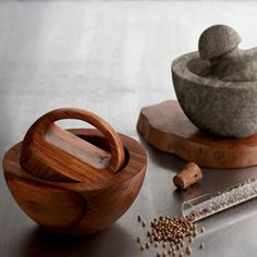 Roost Mortar and Pestle - like the shape of the pestle