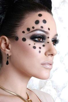 Spotted With smokey eyes