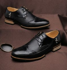 Mens black business casual leather lace up Oxford  DressShoe metal  ornament 06b64a39ec9