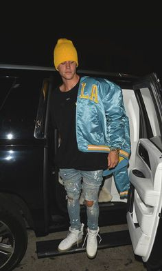 Mens Style Discover justin bieber reps his blue and gold ucla pride at dinner 09 Justin Bieber Moda Justin Bieber Outfits Justin Bieber Style Justin Bieber Pictures Justin Bieber Fashion Outfits Hombre Tomboy Outfits Cool Outfits Girl Clothing Justin Bieber Outfits, Justin Bieber Moda, Call Justin Bieber, Fotos Do Justin Bieber, Justin Bieber Style, Justin Bieber Pictures, Justin Bieber Fashion, Tomboy Outfits, Cool Outfits
