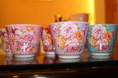 客家民族の花柄がなんだか好きなんです。 Shadow Play, Taipei, Shop Ideas, Tableware, Creative, Challenge, Gifts, Templates, Image