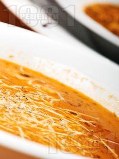 Супа от червена леща и картофи с кашкавал