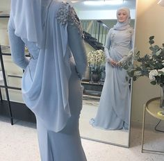 Hijab Evening Dress, Hijab Dress Party, Cheap Evening Dresses, Evening Gowns, Formal Dresses With Sleeves, Modest Dresses, Simple Dresses, Malay Wedding Dress, Blue Wedding Dresses