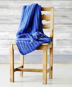 Merja Ojanperän Haave vain -pitsineulesukat   Meillä kotona Blanket, Bed, Home, Stream Bed, Rug, Blankets, Beds, Cover, Comforters