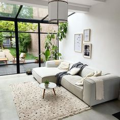 Interior Exterior, Bathroom Interior Design, Interior Design Living Room, Interior Architecture, Living Room White, Home Living Room, Living Room Decor, Living Spaces, Bedford House