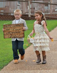 Large Rustic Wedding Sign Here comes the Love of your Life Bride Ring Bearer Flower girl Wooen Ceremony Country Barn Wood Pallet style Wedding Arch Rustic, Country Barn Weddings, Rustic Weddings, Blue Save The Dates, Girls Dresses, Flower Girl Dresses, Flower Girls, Beach Bridesmaid Dresses, Winter Wedding Invitations