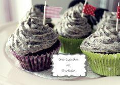 something sweet * something fabulous: Oreo Cupcakes