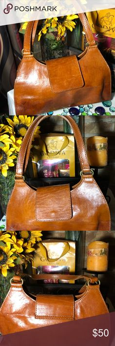 Giorgio Pelletterie Hobo Bag Good condition- Sz 7x12- genuine leather- minor stain on exterior- clean interior- rust color- very nice bag. Made in Italy. Giorgio Pelletterie Bags Hobos #HoboBags