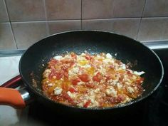 Εξαιρετική συνταγή για Πέννες μπουγιουρντί. Penne, Salad Recipes, Flora, Recipies, Food And Drink, Ethnic Recipes, Kitchen, Recipes, Baking Center