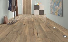 H1001 Valley Oak is a natural oak decor which is also available in laminate for doors, furniture and worktops.