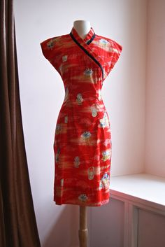 Vintage 50's Kamehameha Dress // 1950s Red Hawaiian Cheongsam Dress waist