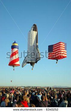 Foto d'archivio di Balloons Hotair Red Blue | Shutterstock