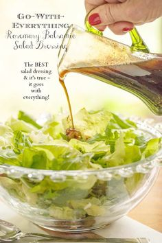 Exactly as the name says, this Rosemary Balsamic Dressing goes with everything. It's delicious drizzled on salads, veggies, entrees, etc! via salad dressing Rosemary Balsamic Salad Dressing Best Salad Dressing, Vinaigrette Dressing, Salad Dressing Recipes, Salad Recipes, Salad Dressings, Avocado Recipes, Balsamic Salad, Salad With Balsamic Dressing, Pesto