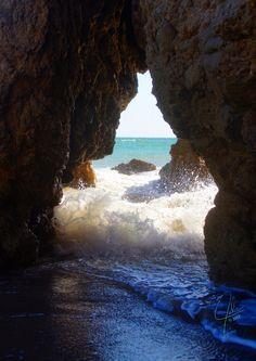 El Matador Beach on a beautiful California day. I'm thinking 4th of July weekend Vaca. .. SOO PRETTY!!!