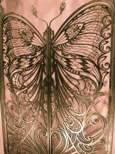 butterfly gate <3