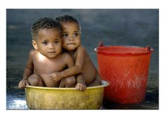 Adorable Twins  #TEAMMOZAMBIQUE The African Shop