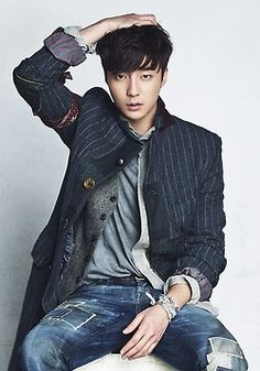 Roy Kim - Home #kpop Park Hae Jin, Park Seo Joon, Korean Drama Movies, Korean Actors, Boys In Groove, Kim Sang Woo, South Corea, Roy Kim, Jung Joon Young