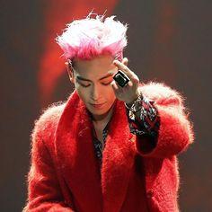 Bigbang T.O.P black and pink hair Daesung, Vip Bigbang, Big Bang, 2ne1, Btob, Jonghyun, Shinee, Ringa Linga, Rapper