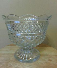"""Vtg Anchor Hocking Crystal-Wexford Footed Pedestal 8"""" Glass Fruit Serving Bowl"""