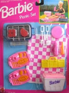 Barbie Picnic Set Playset 1993 Arcotoys Mattel. These set things made boring trips to the store worth it hahaha