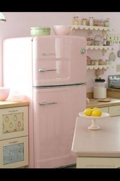 A geladeira mais fofa desse mundo <3