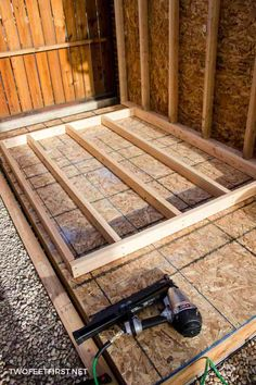 Do you need more storage at your house? Maybe you need a shed. Here is how to build shed walls plus a shed floor. That way you can build your own shed! Le Hangar, Shed Construction, Shed Floor, Clutter Solutions, Build Your Own Shed, Large Sheds, Shed Kits, Diy Shed Plans, Wood Shed
