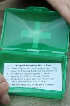 Check out these fun DIY mini first aid kits for Cub Scouts to make! Perfect for the Webelos First Responder adventure. #CubScouts #Webelos #FirstAid #FirstResponder #CubScoutIdeas Mini First Aid Kit, Basic First Aid, Cub Scout Activities, Fun Activities, First Aid Kit Contents, Pack Meeting, Cpr Training, Mini One, Service Projects