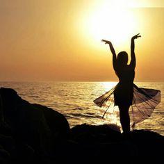 Reflexiones: Si pudiese borrar todos los errores de mi pasado estaría borrando toda la sabiduría de mi presente. Feliz Noche amigos! ================================ #panama #sunset #motivation #entrepreneurs #enjoylife