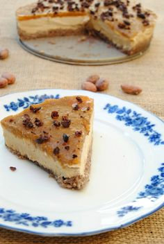 http://www.glutenfreetravelandliving.it/raw-cheesecake-gelatina-cachi/