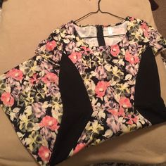 Super cute floral print dress Only worn once. Zipper in the back. Form fitting. Soft. Xhilaration Dresses Mini