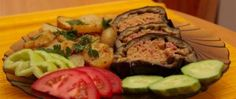 Recept Plněný zapečený lilek Ratatouille, Zucchini, Sushi, Steak, Cooking Recipes, Vegetables, Ethnic Recipes, Language, Red Peppers
