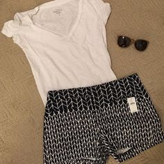 """GAP Navy & White Clean Front Shorts - NWT I bought these shorts but never wore them.  Super cute - new w/ tags.  3.5"""" inseam.  Size 0.  Cotton.  Machine wash. GAP Shorts"""