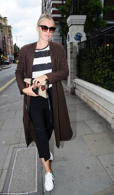 Casual Sunday:Maria Sharapova looked casual and carefree as she stepped out for a bite to eat at Bluebird restaurant in London's Chelsea on Sunday