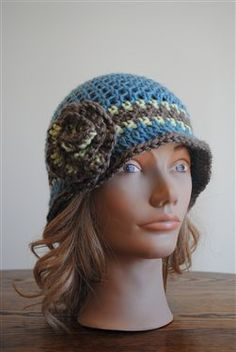 Fun easy crochet Cloche!  Beverly's Cloche in Vanna's Choice - Crochet Me