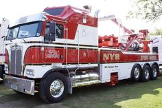 Beautiful Kenworth COE tow truck