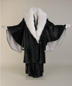 Evening coat, silk velvet and angora rabbit fur, bought from George Henry Lee & Co Ltd, Basnett Street, Liverpool, about 1930-36.