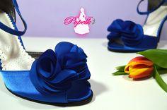 Vychozí model Misha II - zdobení exkluziv č. 7. svatební boty, svatební obuv, společenksá obuv, spoločenské topánky, topánky pre družičky, svadobné topánky, svadobná obuv, obuv na mieru, topánky podľa vlastného návrhu, pohodlné svatební boty, svatební lodičky, svatební boty královská modrá, boty Badgley Mishka boty - královská modrá, royal blue, topánky pre nevestu