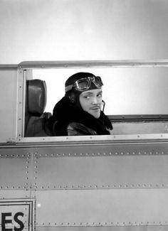 """James Cagney en """"Águ"""