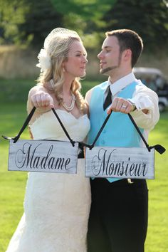 LOVE this cute french word usage! Will go greatly with my paris tiffany blue theme wedding :)