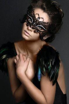 Black Metal Soaring Butterfly Laser Cut Venetian Masquerade Mask with Rhinestones Event Party Ball Mardi Gars Beautiful Mask, Beautiful Women, Fotografie Portraits, Black Metal, Black And White, Black Swan, Venetian Masks, Venetian Masquerade, Masquerade Party