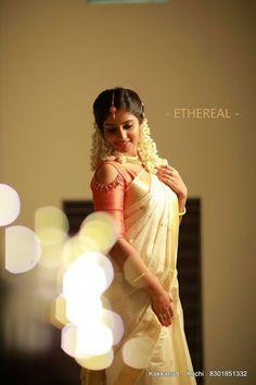 Saree Wedding, Wedding Bride, Kerala Saree, Indian Sarees, Engagement Saree, Set Saree, Elegant Saree, South Indian Bride, Dresses Kids Girl