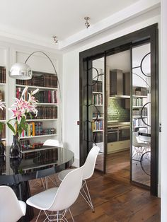 mirrored sliding doors // dining room // Isabel Lopez Quesada