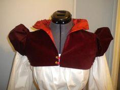 Een coletet of partlet in fluweel reconstructie - Elizabethan Velveteen Partlet