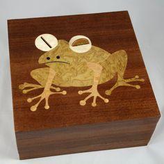 money box with hypnotoad .o)